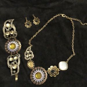 Antique style necklace, bracelet and earrings